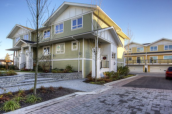 Photo 26: Photos: 1130 Ewen Avenue in New Westminster: Queensborough Townhouse for sale ()