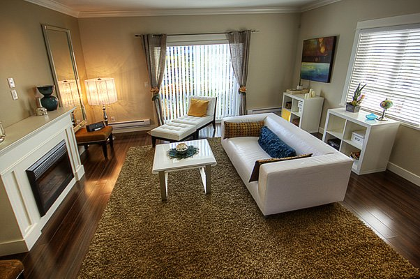Photo 3: Photos: 1130 Ewen Avenue in New Westminster: Queensborough Townhouse for sale ()