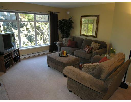 """Photo 2: Photos: 207 1140 STRATHAVEN Drive in North Vancouver: Northlands Condo for sale in """"STRATHAVEN"""" : MLS®# V692659"""