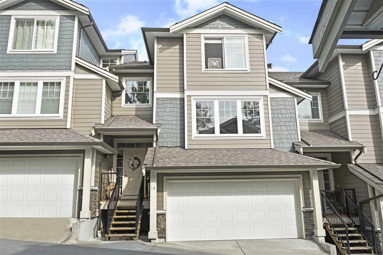 "Main Photo: 14 11384 BURNETT Street in Maple Ridge: East Central Townhouse for sale in ""MAPLE CREEK"" : MLS®# R2394966"