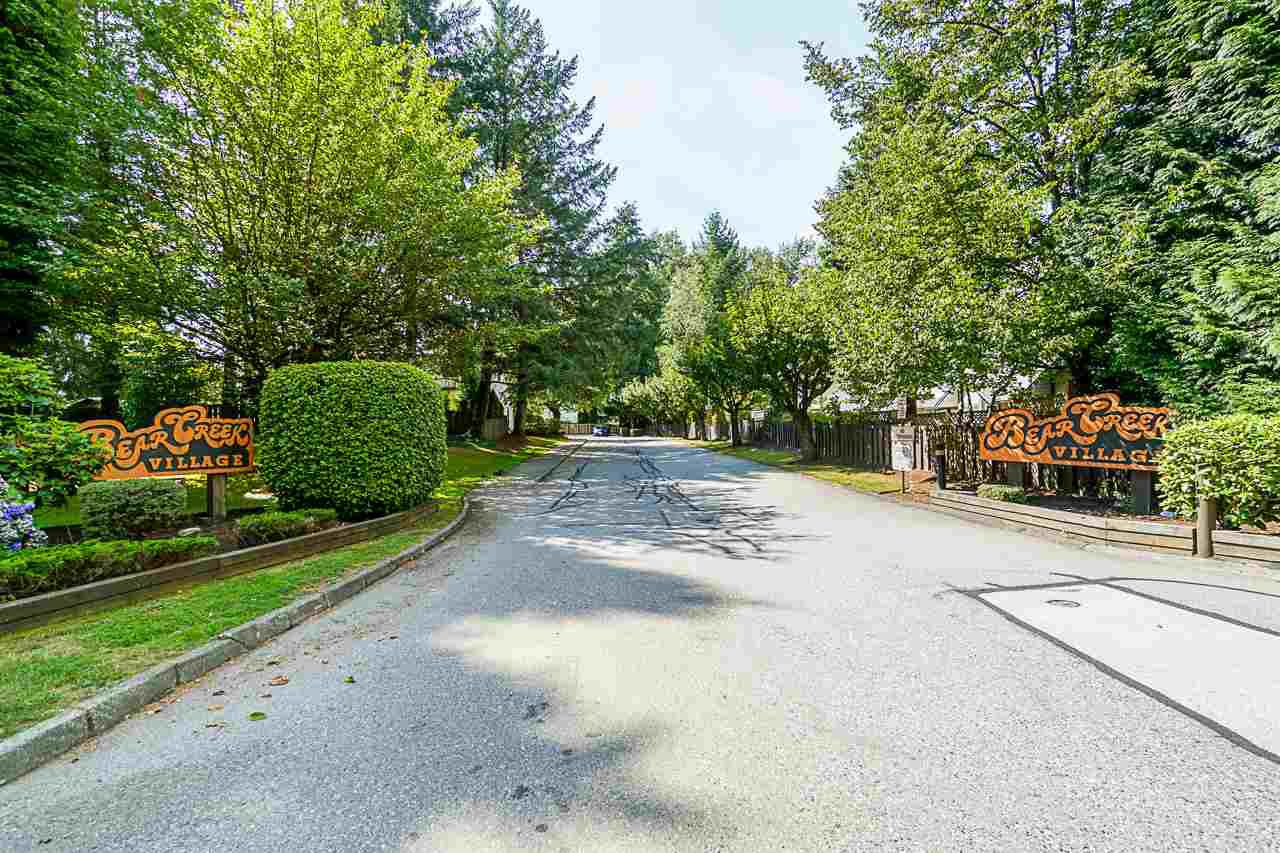 """Photo 17: Photos: 69 8555 KING GEORGE Boulevard in Surrey: Queen Mary Park Surrey Townhouse for sale in """"BEAR CREEK VILLAGE"""" : MLS®# R2397033"""