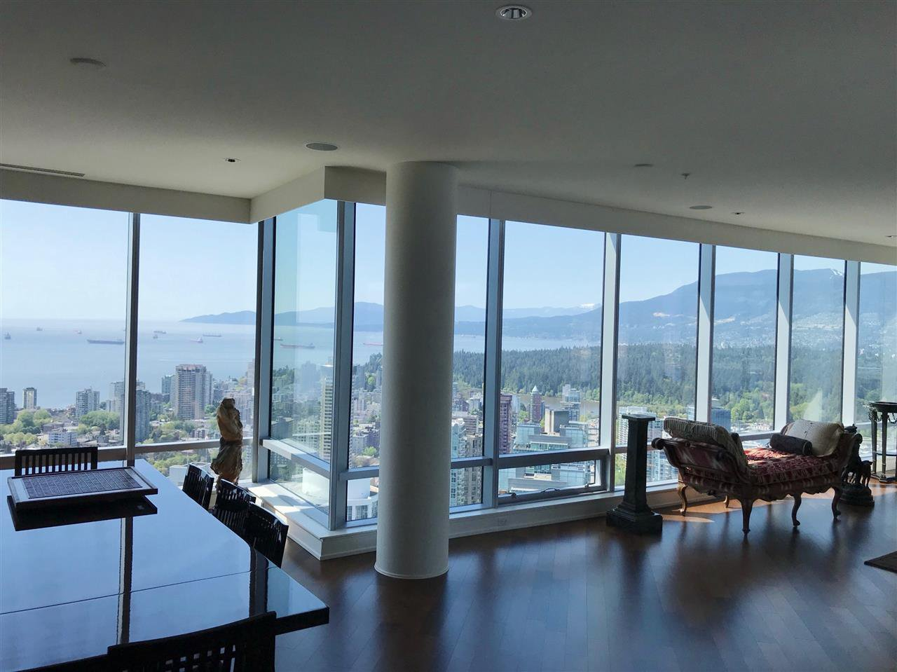 """Main Photo: 4902 1128 W GEORGIA Street in Vancouver: Downtown VW Condo for sale in """"Shangri-La Estates"""" (Vancouver West)  : MLS®# R2429173"""