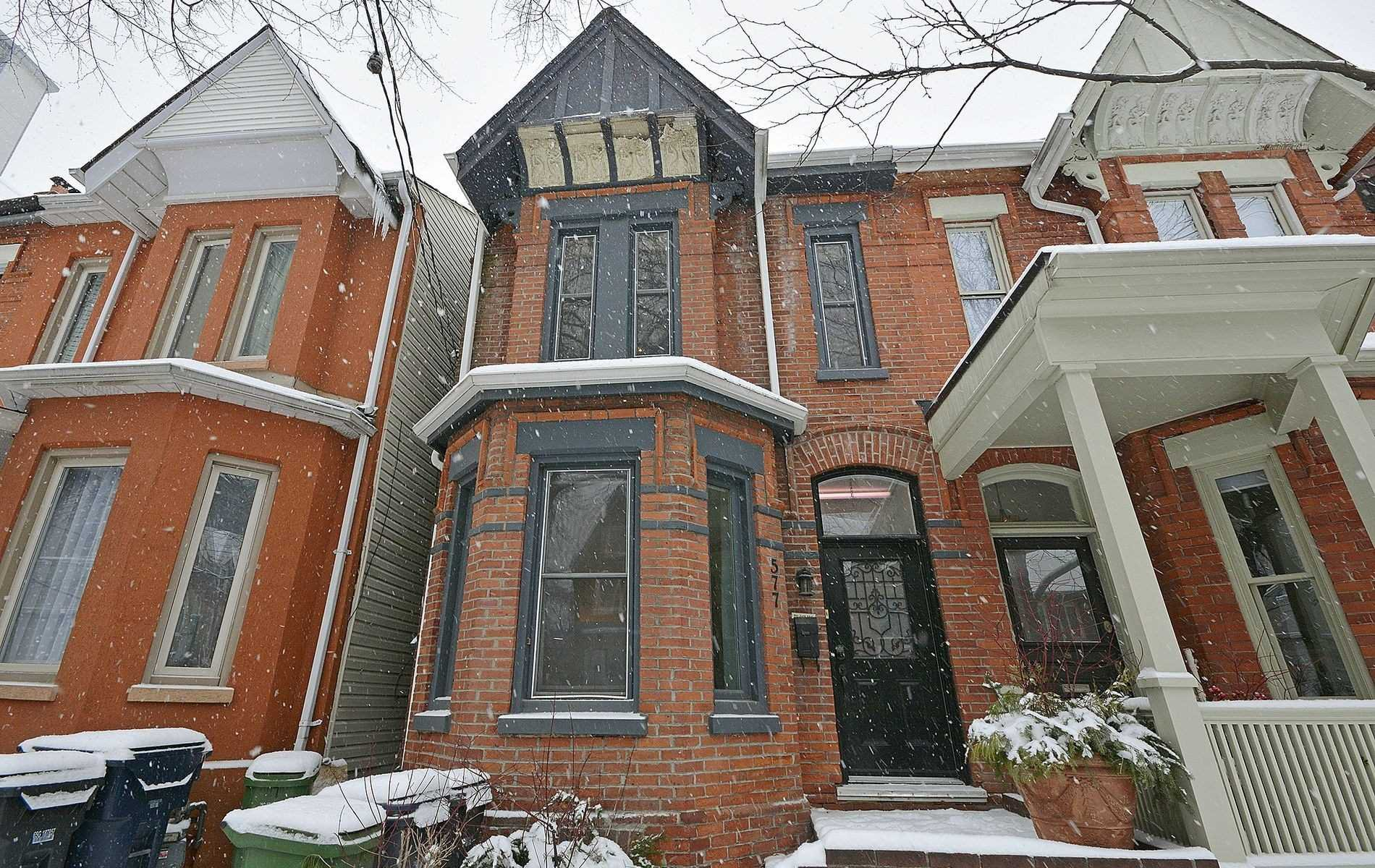 Main Photo: 577 Ontario Street in Toronto: Cabbagetown-South St. James Town House (2-Storey) for lease (Toronto C08)  : MLS®# C4689364