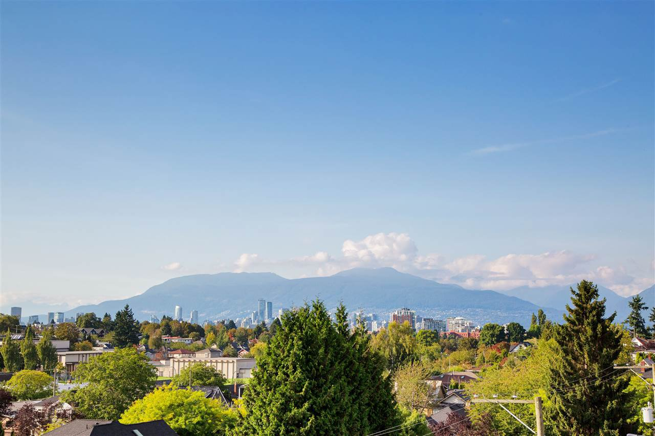 Photo 16: Photos: 307 683 E 27TH Avenue in Vancouver: Fraser VE Condo for sale (Vancouver East)  : MLS®# R2408842