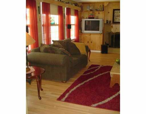 Photo 2: Photos: 17 SALEM Place in Winnipeg: Fort Garry / Whyte Ridge / St Norbert Single Family Detached for sale (South Winnipeg)  : MLS®# 2616579