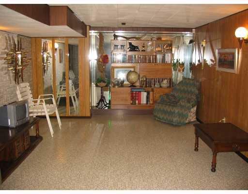 Photo 9: Photos: 1153 MONCTON Avenue in WINNIPEG: East Kildonan Residential for sale (North East Winnipeg)  : MLS®# 2809314