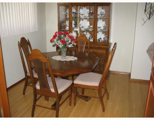 Photo 3: Photos: 1153 MONCTON Avenue in WINNIPEG: East Kildonan Residential for sale (North East Winnipeg)  : MLS®# 2809314