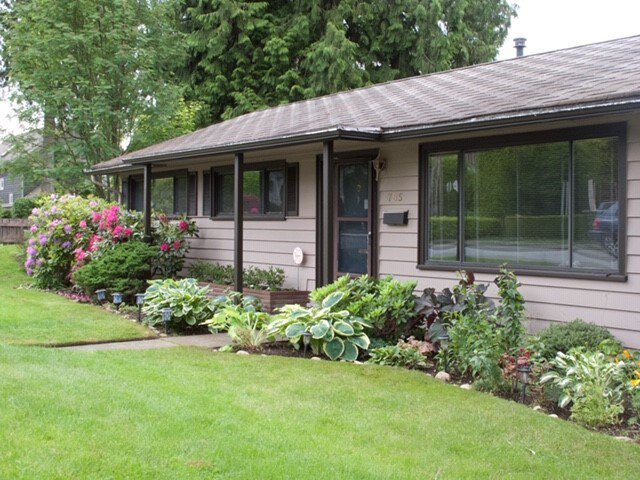 Main Photo: 785 E 15TH Street in North Vancouver: Boulevard House for sale : MLS®# R2414573
