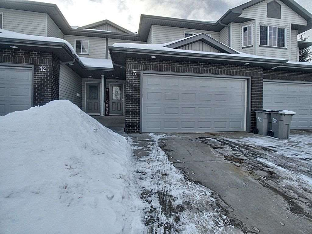 Main Photo: 13 4900 62 Street: Beaumont Townhouse for sale : MLS®# E4186337