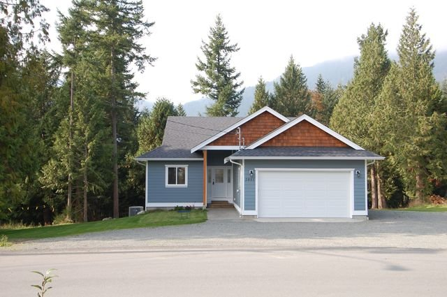 Photo 2: Photos: 2851 WEDGEWOOD DRIVE in DUNCAN: House for sale : MLS®# 302405