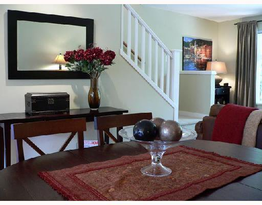 """Photo 3: Photos: 11 2780 ALMA Street in Vancouver: Kitsilano Townhouse for sale in """"TWENTY ON THE PARK"""" (Vancouver West)  : MLS®# V659518"""