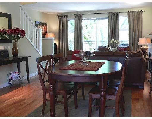 """Photo 5: Photos: 11 2780 ALMA Street in Vancouver: Kitsilano Townhouse for sale in """"TWENTY ON THE PARK"""" (Vancouver West)  : MLS®# V659518"""