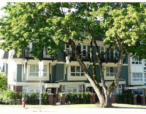 """Photo 1: Photos: 11 2780 ALMA Street in Vancouver: Kitsilano Townhouse for sale in """"TWENTY ON THE PARK"""" (Vancouver West)  : MLS®# V659518"""