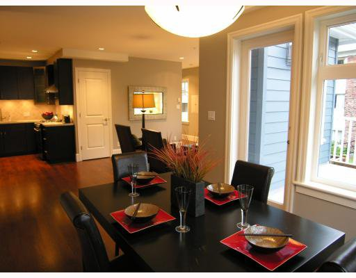 Photo 4: Photos: 2838 SPRUCE Street in Vancouver: Fairview VW Townhouse for sale (Vancouver West)  : MLS®# V680147