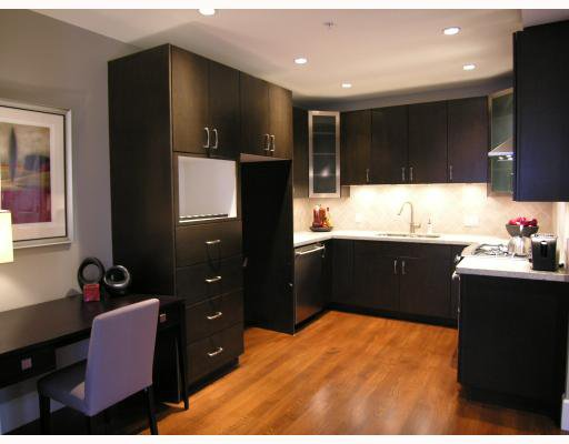 Photo 5: Photos: 2838 SPRUCE Street in Vancouver: Fairview VW Townhouse for sale (Vancouver West)  : MLS®# V680147