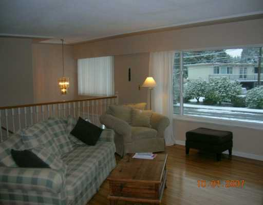 """Photo 2: Photos: 1492 E 27TH Street in North Vancouver: Westlynn House for sale in """"WESTLYNN"""" : MLS®# V625974"""