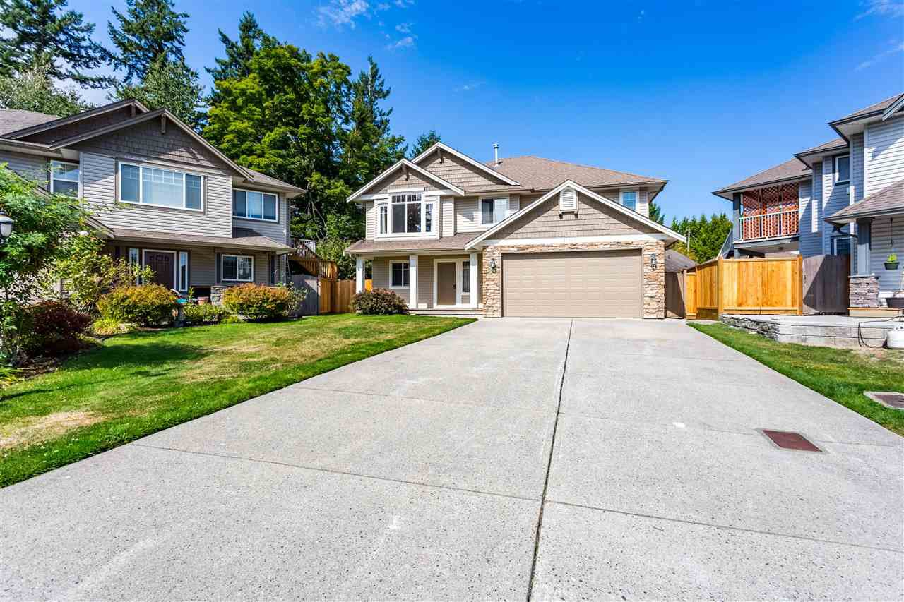 """Main Photo: 27223 27A Avenue in Langley: Aldergrove Langley House for sale in """"Short Treed Heritage South"""" : MLS®# R2402474"""