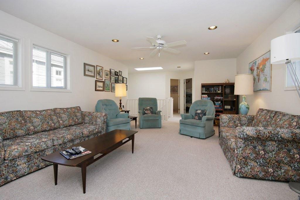 "Photo 12: Photos: 232 1ST Avenue: Cultus Lake House for sale in ""Cultus Lake Park"" : MLS®# R2448191"