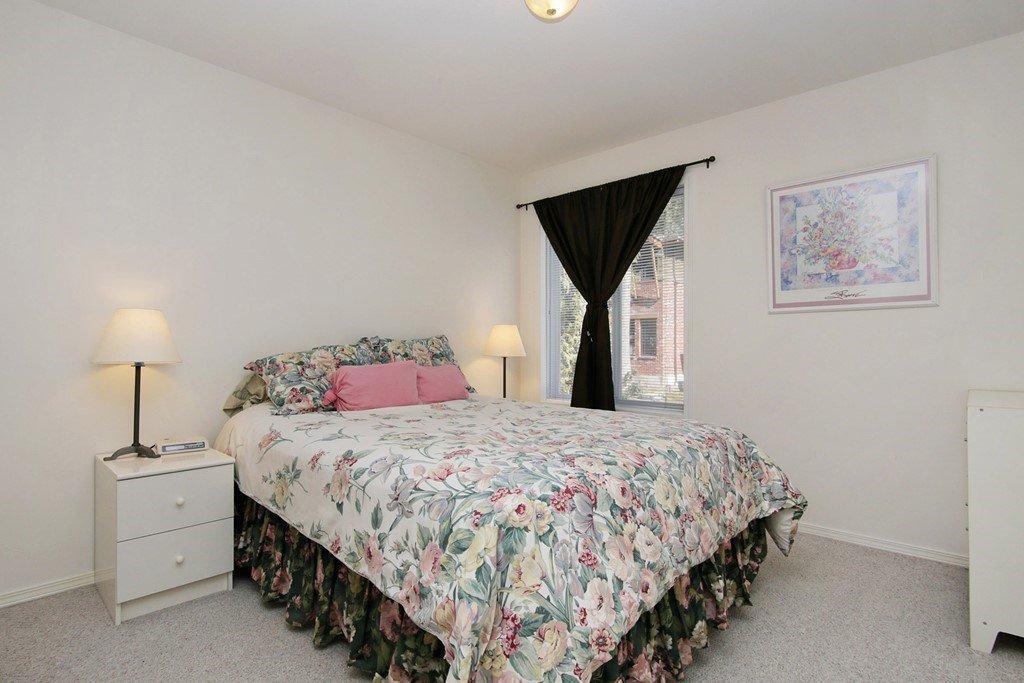 "Photo 13: Photos: 232 1ST Avenue: Cultus Lake House for sale in ""Cultus Lake Park"" : MLS®# R2448191"