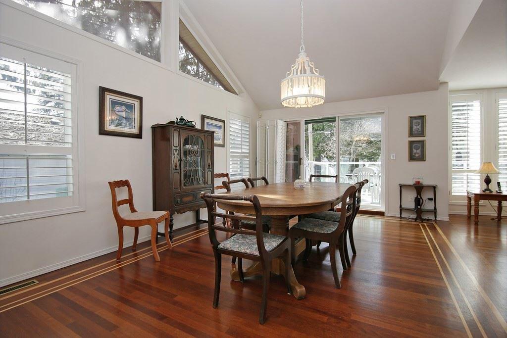 "Photo 4: Photos: 232 1ST Avenue: Cultus Lake House for sale in ""Cultus Lake Park"" : MLS®# R2448191"