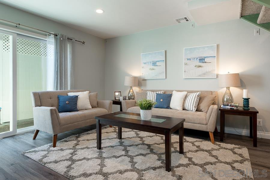 Main Photo: SAN DIEGO Condo for sale : 2 bedrooms : 2849 A Street #5