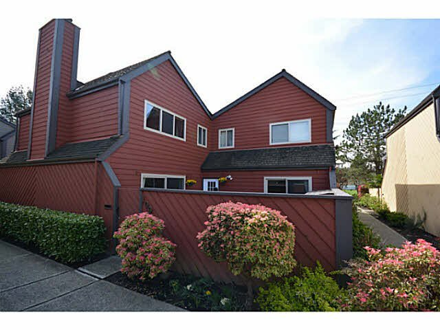 Main Photo: 109 5421 10TH AVENUE in : Tsawwassen Central Townhouse for sale : MLS®# V1117389