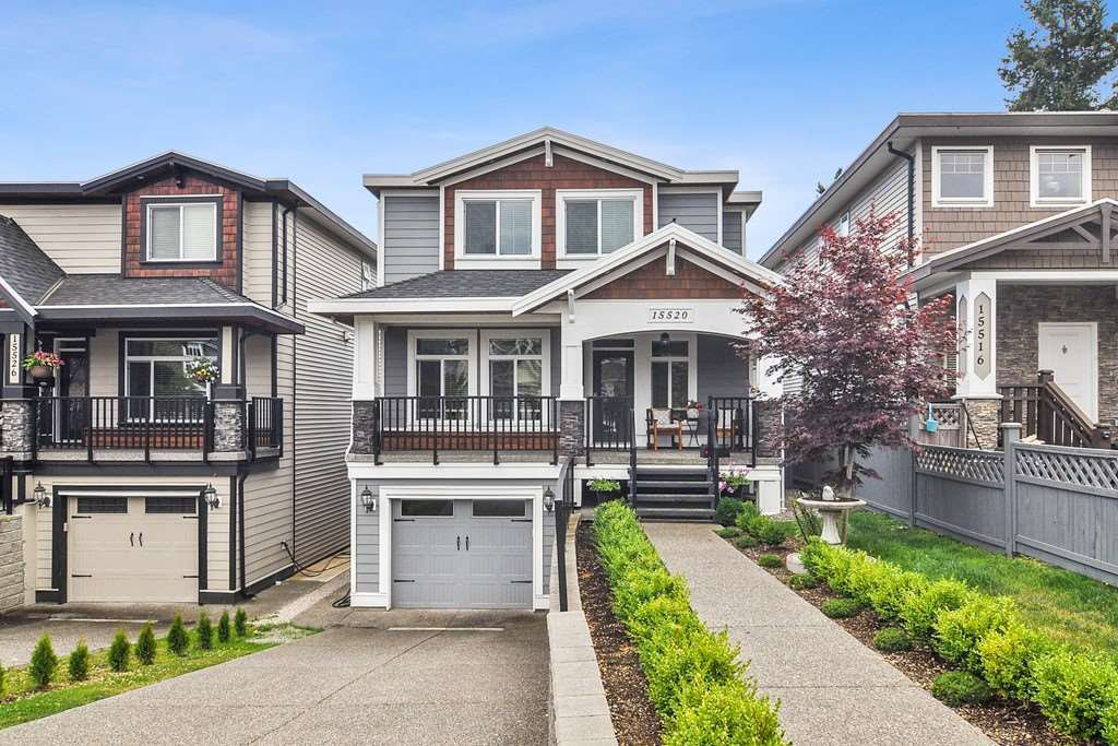 Main Photo: 15520 GOGGS Avenue: White Rock House for sale (South Surrey White Rock)  : MLS®# R2484038