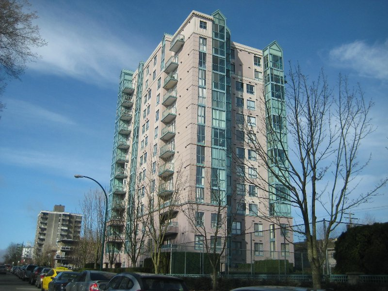 "Main Photo: #103  2988 Alder in Vancouver: Fairview VW Condo for sale in ""Shaughnessy Gate"" (Vancouver West)  : MLS®# V800205"