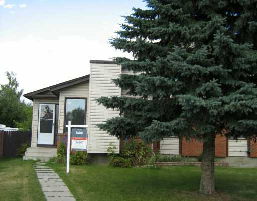 Main Photo:  in CALGARY: Deer Ridge Residential Attached for sale (Calgary)  : MLS®# C3277442
