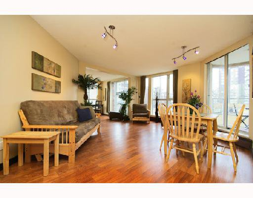 """Photo 3: Photos: 201 1010 BURNABY Street in Vancouver: West End VW Condo for sale in """"THE ELLINGTON"""" (Vancouver West)  : MLS®# V692346"""