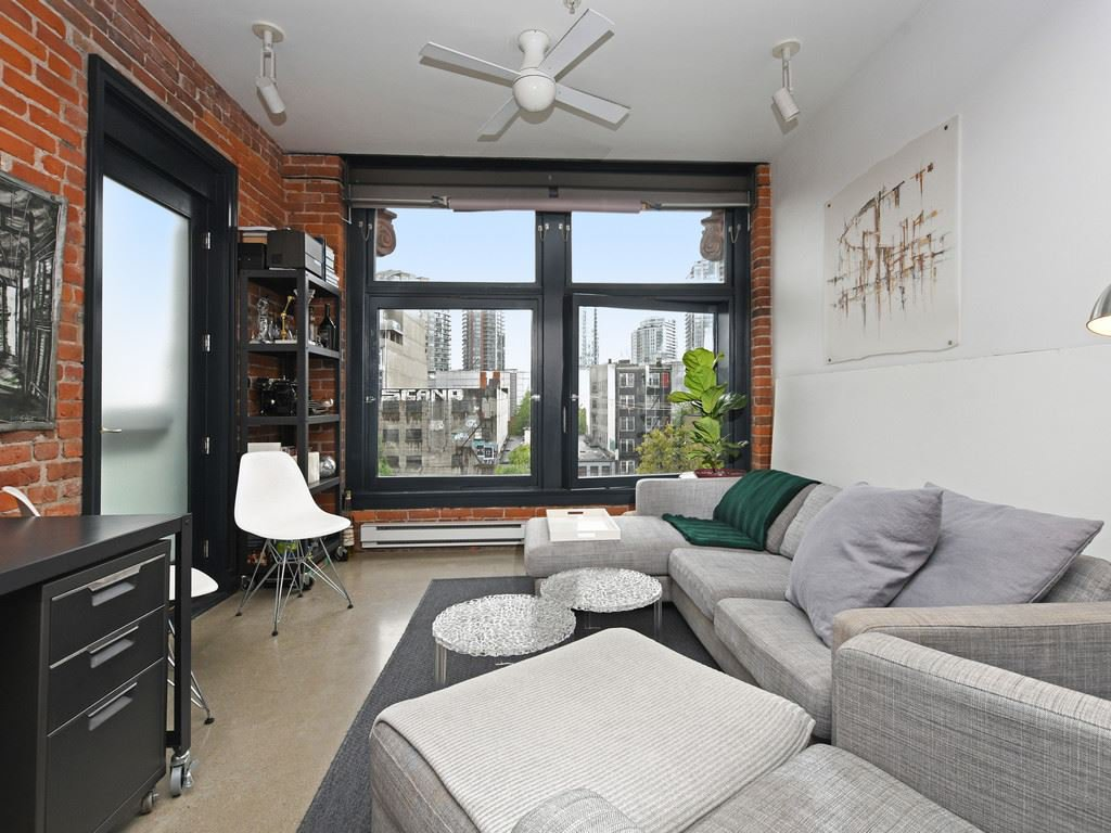"Photo 2: Photos: 501 53 W HASTINGS Street in Vancouver: Downtown VW Condo for sale in ""PARIS BLOCK"" (Vancouver West)  : MLS®# R2404380"