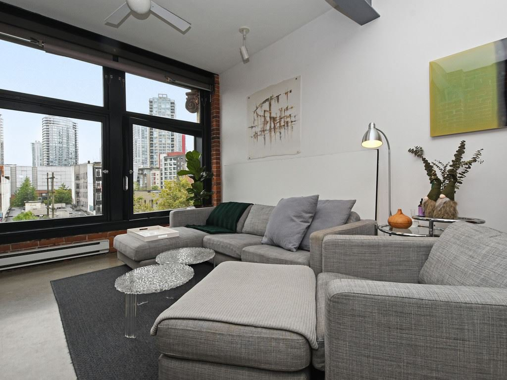 "Photo 5: Photos: 501 53 W HASTINGS Street in Vancouver: Downtown VW Condo for sale in ""PARIS BLOCK"" (Vancouver West)  : MLS®# R2404380"