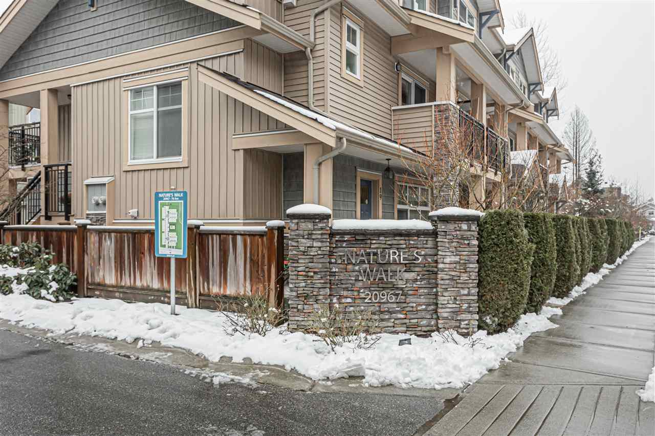 "Main Photo: 8 20967 76 Avenue in Langley: Willoughby Heights Townhouse for sale in ""Nature's Walk"" : MLS®# R2434180"