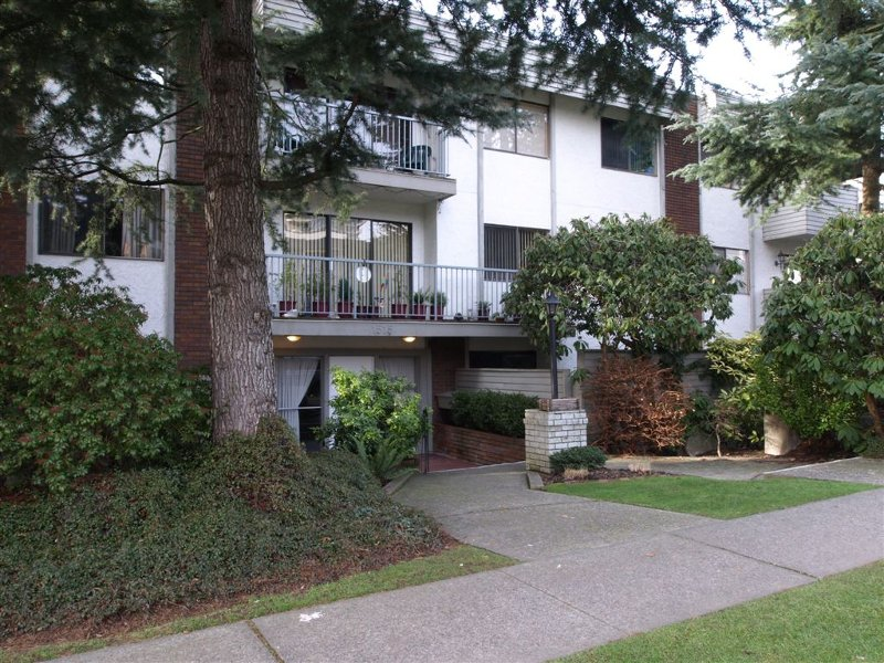 Main Photo: # 304 1515 Chesterfield Avenue in N. Vancouver: Central Lonsdale Condo for sale ()  : MLS®# V803278