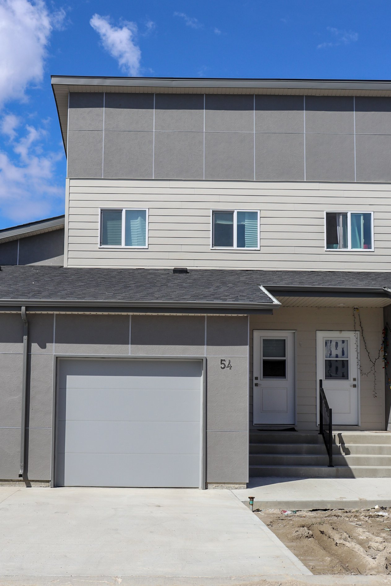 Main Photo: 54 1655 Leila Avenue in Winnipeg: Townhouse for sale (4F)  : MLS®# 202002518