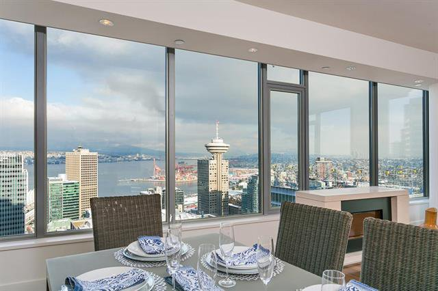 Main Photo: 3604 - 667 Howe Street in Vancouver: Downtown VW Condo for sale (Vancouver West)  : MLS®# R2455240