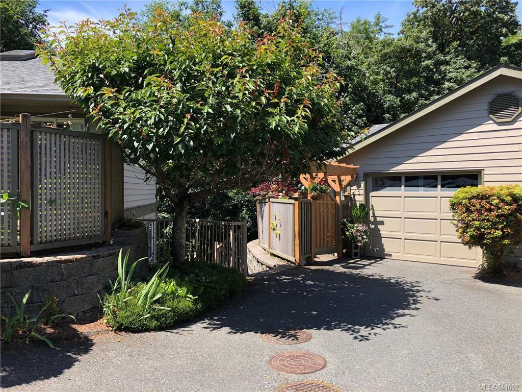 Main Photo: 15 2190 Drennan St in Sooke: Sk Sooke Vill Core Row/Townhouse for sale : MLS®# 844692