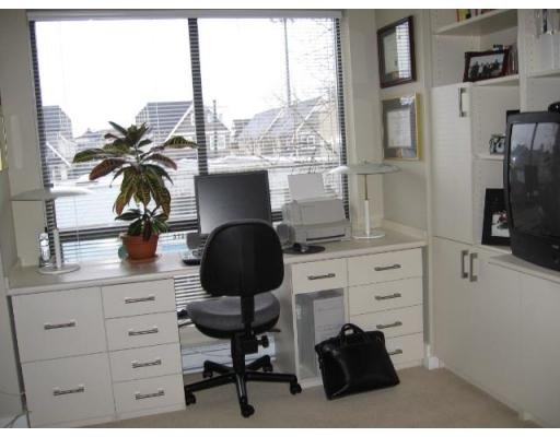 Photo 5: Photos: 3752 COMMERCIAL ST in Vancouver: Victoria VE Townhouse for sale (Vancouver East)  : MLS®# V688379