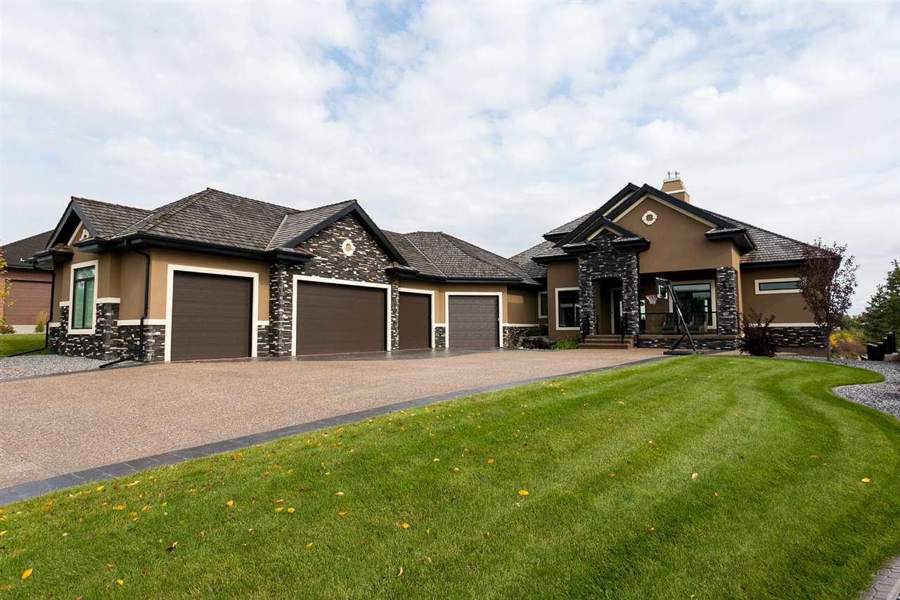 Main Photo: 52 PINNACLE Way: Rural Sturgeon County House for sale : MLS®# E4191436