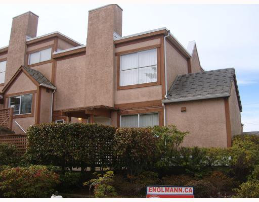 Main Photo: 1749 CHESTERFIELD Avenue in North_Vancouver: Central Lonsdale Townhouse for sale (North Vancouver)  : MLS®# V698299