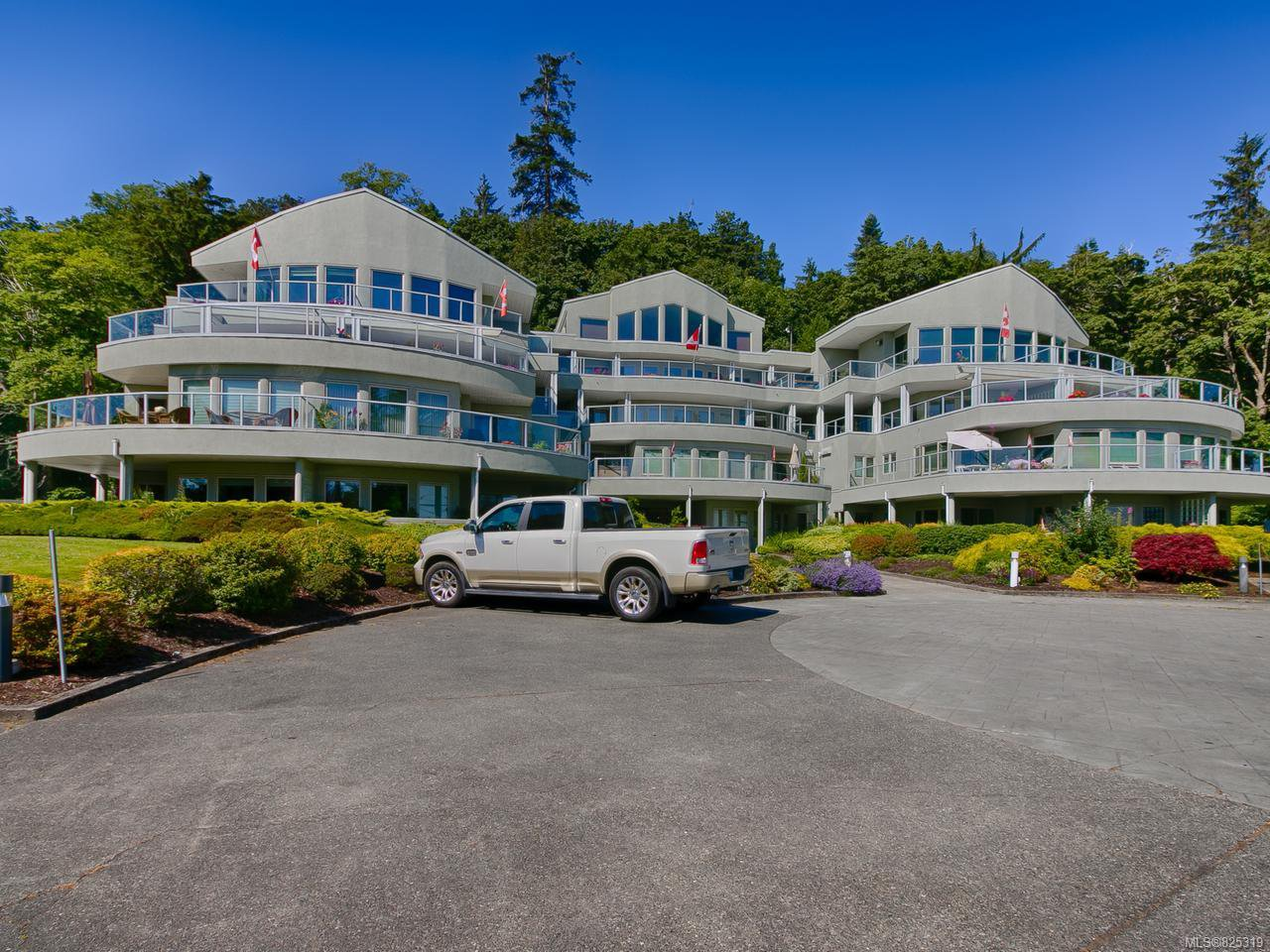 Photo 25: Photos: 403 700 S Island Hwy in CAMPBELL RIVER: CR Campbell River Central Condo for sale (Campbell River)  : MLS®# 825319