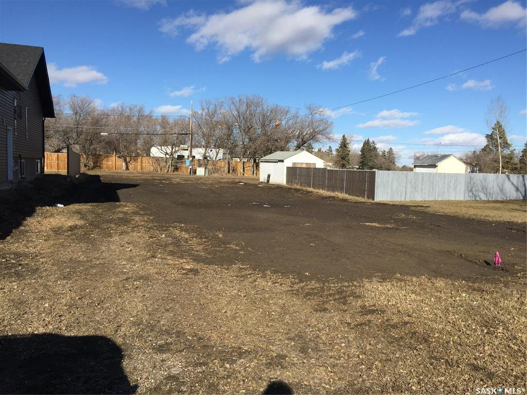Main Photo: 549 5th Avenue East in Unity: Lot/Land for sale : MLS®# SK809449