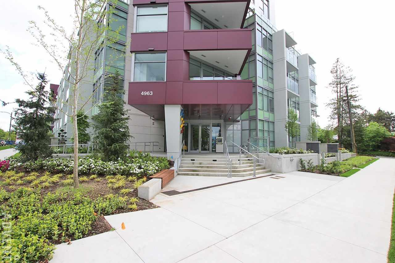"""Main Photo: 206 4963 CAMBIE Street in Vancouver: Cambie Condo for sale in """"35 Park West"""" (Vancouver West)  : MLS®# R2528060"""