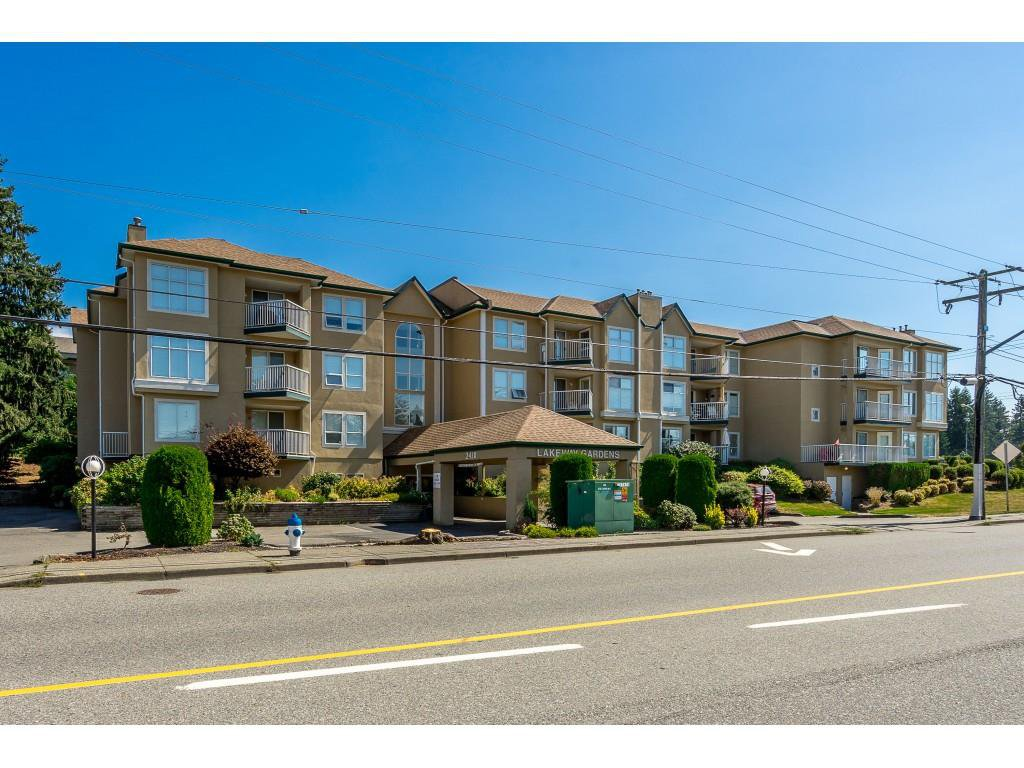 "Main Photo: 308 2410 EMERSON Street in Abbotsford: Abbotsford West Condo for sale in ""Lakeway Gardens"" : MLS®# R2400057"