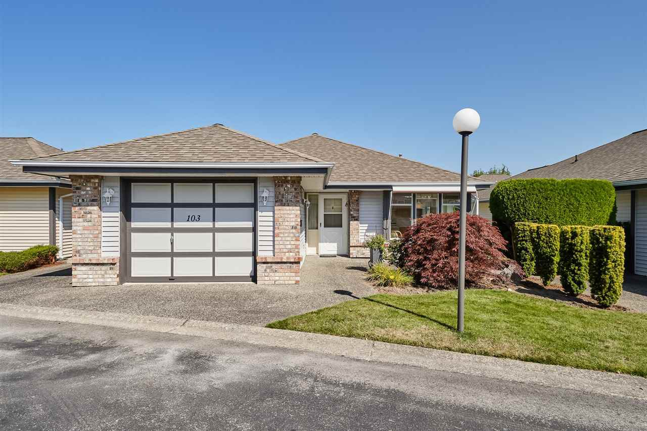 """Main Photo: 103 14220 19A Avenue in Surrey: Sunnyside Park Surrey Townhouse for sale in """"Ocean Bluff Court"""" (South Surrey White Rock)  : MLS®# R2394995"""