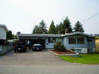 Main Photo: 32336 Alpine Avenue in Abbotsford: House for sale