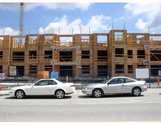 "Main Photo: 212 12238 224TH Street in Maple_Ridge: East Central Condo for sale in ""URBANO"" (Maple Ridge)  : MLS®# V648515"