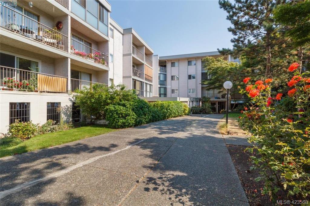 Main Photo: 318 3225 Eldon Place in VICTORIA: SW Rudd Park Condo Apartment for sale (Saanich West)  : MLS®# 423568