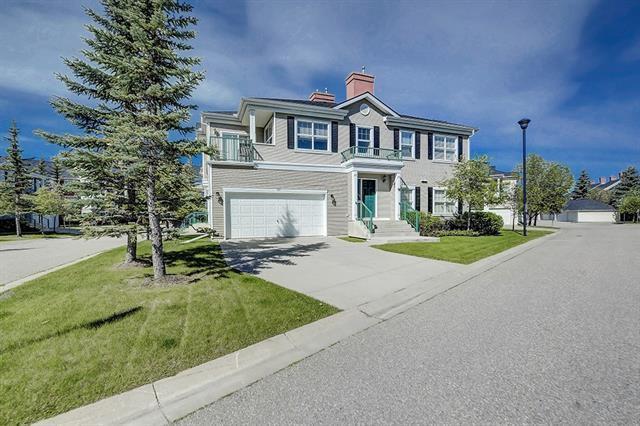 Main Photo: 119 PRESTWICK Garden SE in Calgary: McKenzie Towne Row/Townhouse for sale : MLS®# C4292843