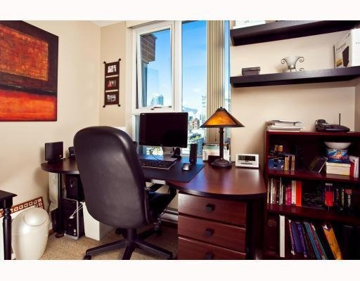 Photo 6: Photos: # 2208 550 PACIFIC ST in Vancouver: Condo for sale : MLS®# V782944
